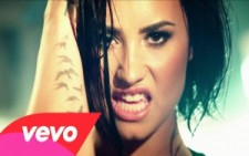 Demi Lovato – Confident (Official Video)