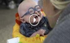 Annesini İlk Kez Gören Bebeğin Mutluluğu :)