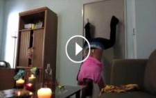 Erkek Arkadaşına Video Çeken Kızın Dramı! Gülmekten Kırılacaksınız :)
