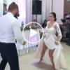 Çılgın Gelin ve Damattan Düğünü Coşturan Performans